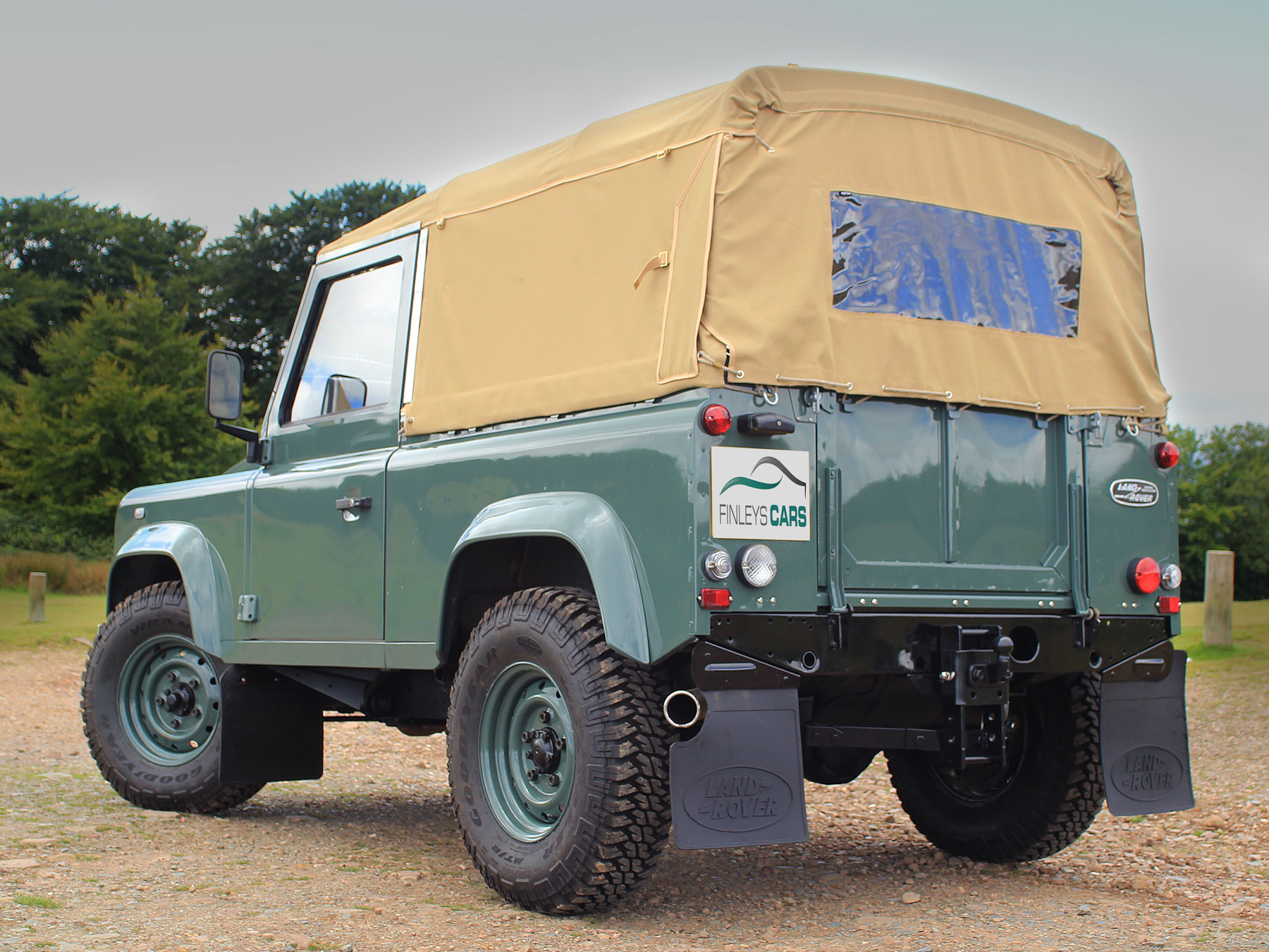 Land Rover Defender 2.4TDCi